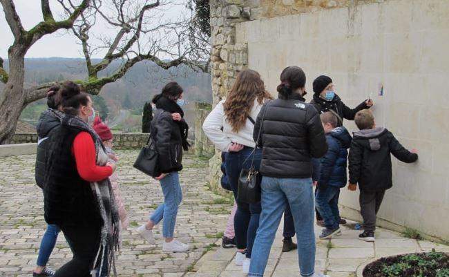 PRESSE – Un trésor de peluche en cité médiévale